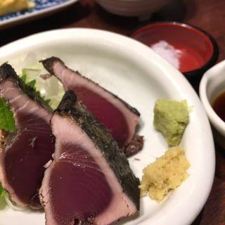 鰹タタキ(おらが蕎麦 東京駅)