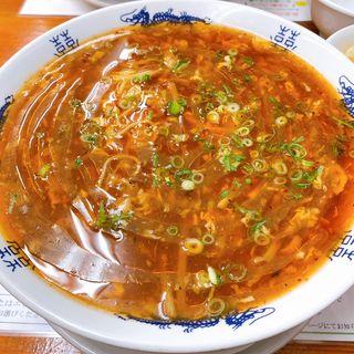 激辛酸辣麺(黄金の福ワンタン まくり (オウゴンノフクワンタン マクリ))