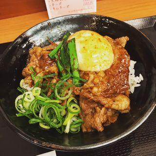 みそ玉焼肉丼(肉のヤマキ商店 お茶の水サンクレール店)
