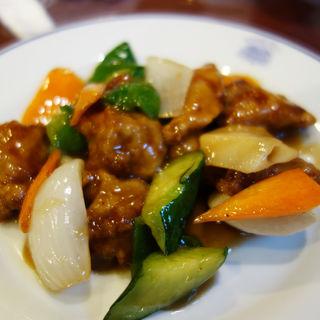 黒酢仕立ての酢豚(台湾料理 宝島)