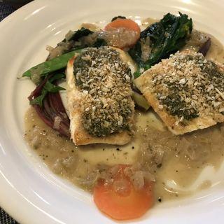 本日のお魚のソテー 鯛(レザン デリカテッセン&カフェ)