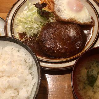 ハンバーグ定食(むちゃちゃ )