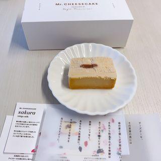 サクラ イチゴミルク(ミスターチーズケーキ)