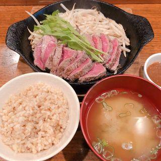 牧草牛ステーキランチ(200g)(焼鳥 焼牛 健)