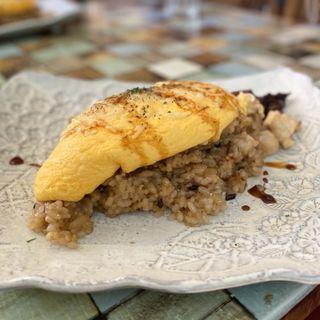 Wチーズオムライス(とり dining風見鶏)