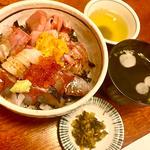 海鮮どんぶり(田舎茶屋)