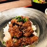焼肉丼(GROW (グロウ))