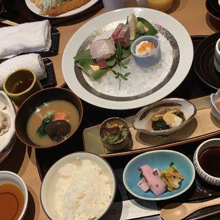 おすすめ昼御膳(加賀屋 博多店)
