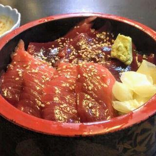 マグロの漬け丼(義純 (よしずみ))