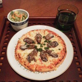 スモーク牡蠣のピザ