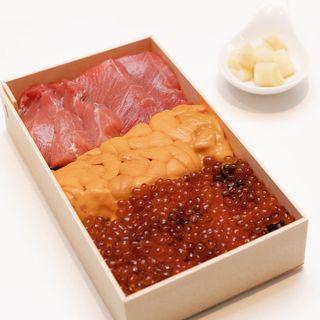 トロ雲丹いくらチラシ(鮨 由う)
