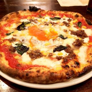 スイートコーンとリコッタチーズと自家製ミートソースのピッツ(ラ・ゴロセッタ)