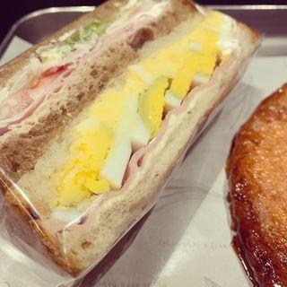 たまご&ハムチーズ