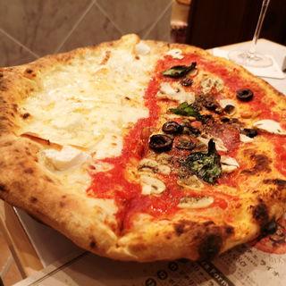 6種類のチーズのピッツァとポポロのメタメタ