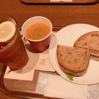 BLTサンド  ランチサラダセット(上島珈琲店 ピオニウオーク東松山店 )