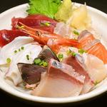 鮮魚海鮮丼