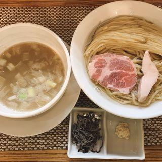 昆布水塩つけ麺