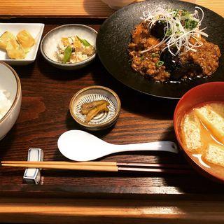まぼろしの厚揚げ肉みそあんかけ(三原豆腐店)