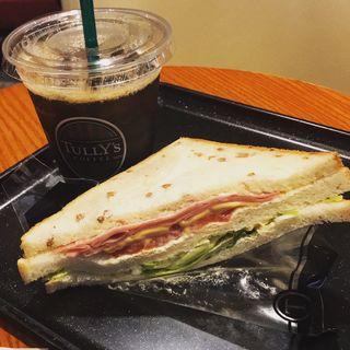 HLT(タリーズコーヒー 上野広小路店 (TULLY'S COFFEE))