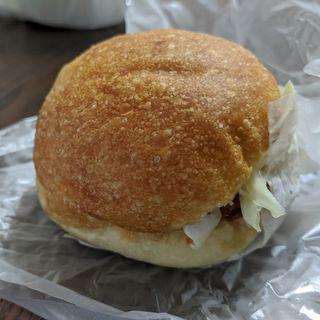 タルタルソースのコロッケパン(ブーランジェリー テッコナ)