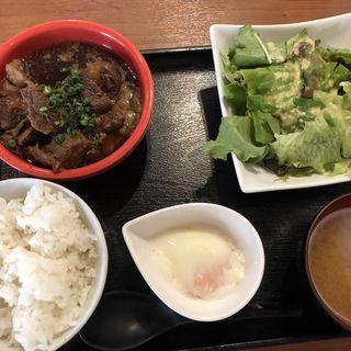牛スジ煮込み定食(肉十八番屋 人形町店)