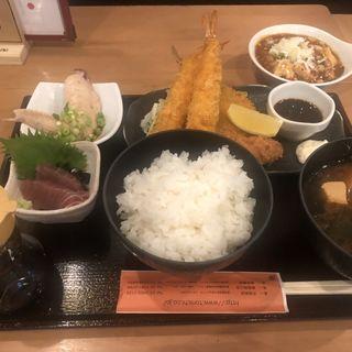 ミックスフライ定食(倉蔵商店 (クラゾウショウテン))