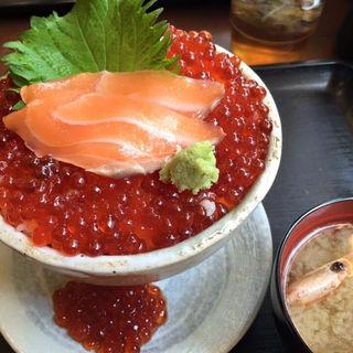 こぼれイクラめし(魚喰食堂 ときしらず )