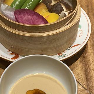 蒸し野菜(メデ・イタシ)