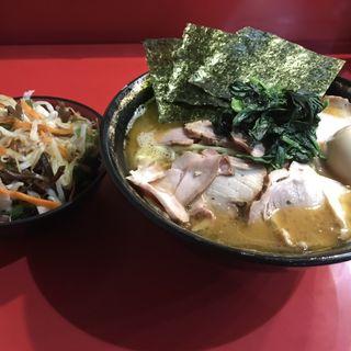 チャーシュー麺(家系総本山 吉村家)
