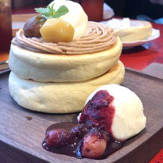 モンブラン ホットケーキ(椿サロン銀座)