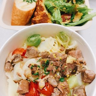 ランチプレート(肉のラグーとキャベツ 香草レモン風味)(taverna meta)