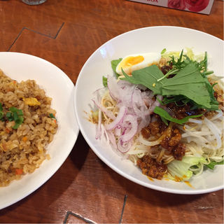 冷やし担々麺とチャーハン(宝喜 )