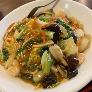 五目中華丼(新台北菜館 (シンタイペイサイカン))
