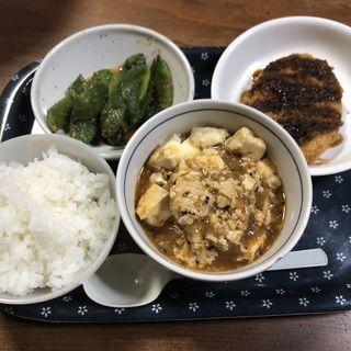 おひたしとコロッケと麻婆豆腐(実家)
