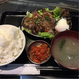 牛角煮定食(日本焼肉党 浅草橋西口店)