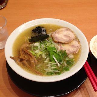 特製塩(RAMEN 風見鶏 本店 (ラーメンカザミドリ))