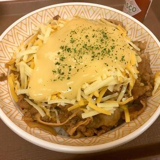 とろ〜り3種のチーズ牛丼 (中盛・大盛)(すき家 仙台クリスロード店 )