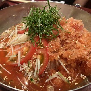 トマト冷麺定食(焼肉処 三幸園 (ヤキニクドコロサンコウエン))