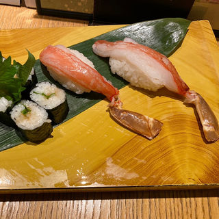 生ずわい蟹(梅丘寿司の美登利総本店 アトレ吉祥寺店)