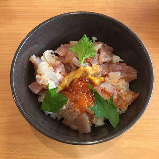 くらランチ 海鮮丼セット(平日限定)(無添くら寿司 春日井インター店 )