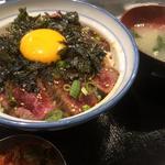 ユッケ丼(日本焼肉党 )