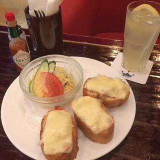 チーズツナトースト(ローヤル )