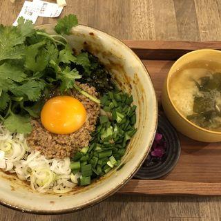 旨辛台湾まぜ麺+パクチー(まぜ麺 マホロバ (Mahoroba))