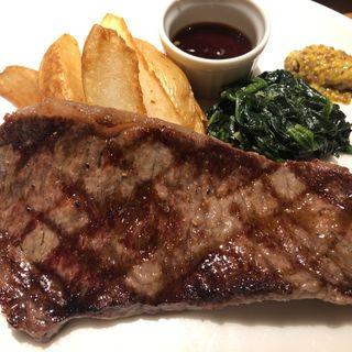 松永牧場産牛ロース肉の炭火焼き(炭火焼コース)(AGIO)
