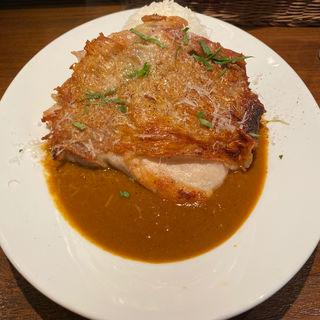 鶏もも肉のロースト1枚のせ贅沢チキンカリー(オステリア チケッティ)