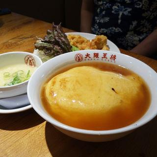 天津飯餃子セット(大阪王将 天神新天町店)