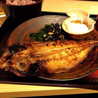 鯵の炭火焼き定食(大戸屋 仙台エスパル店 )