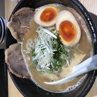 豚骨魚介らーめん味玉入り(らーめん 伊藝 (ラーメン イゲイ))