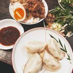 名物水餃子とお茶碗魯肉飯