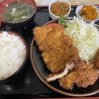 ロースカツ定食(とんかつ よしの )